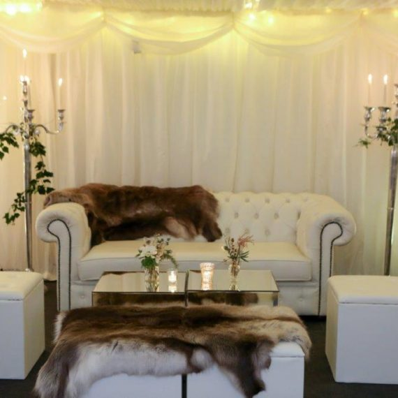 Chesterfield sofas for cosy winter seating